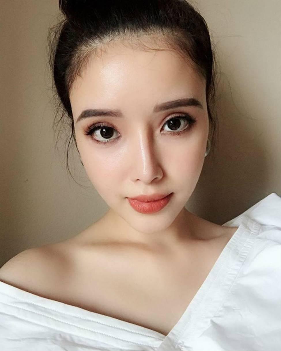 Gia đình mỹ nhân của Mai Phương Thuý: Em gái sexy, sành đồ hiệu không thua chị-3