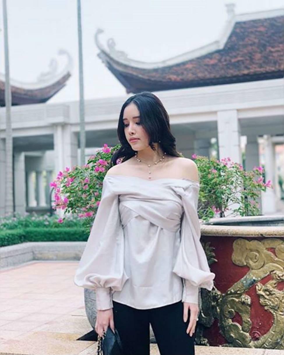 Gia đình mỹ nhân của Mai Phương Thuý: Em gái sexy, sành đồ hiệu không thua chị-9