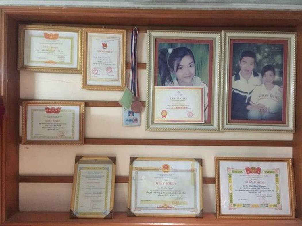 Nữ sinh Thanh Hoá nổi như cồn với bức ảnh thẻ xinh như hotgirl, đã vậy còn học giỏi, hát hay và là cao thủ võ thuật-2