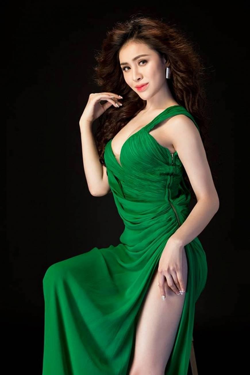 Hậu nghi án bán dâm, Á hậu Thư Dung diện đầm xẻ cao chụp hình táo bạo-6