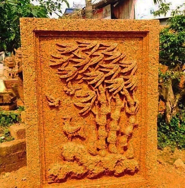 Tứ quý hiện hình trên khối đá cổ ngàn năm trong vườn đại gia Quảng Ninh-1