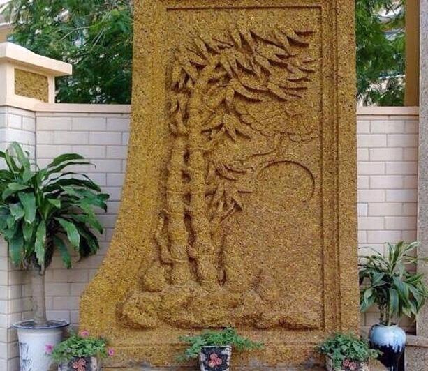 Tứ quý hiện hình trên khối đá cổ ngàn năm trong vườn đại gia Quảng Ninh-3