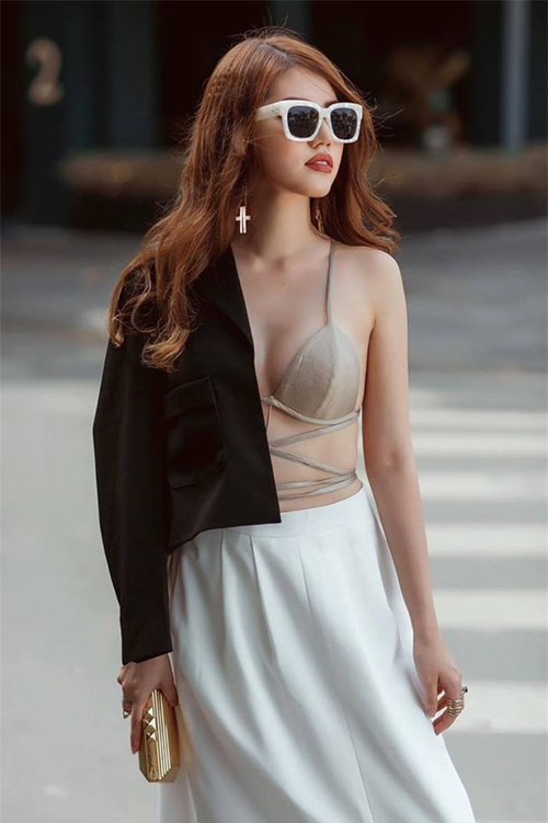 Mỹ nhân Việt thường xuyên nhầm áo lót là... đồ mặc ra đường-5