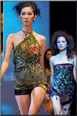 Clip hiếm: Hà Hồ catwalk lạnh lùng, diễn chung cùng Phi Thanh Vân, Xuân Lan 13 năm trước-2