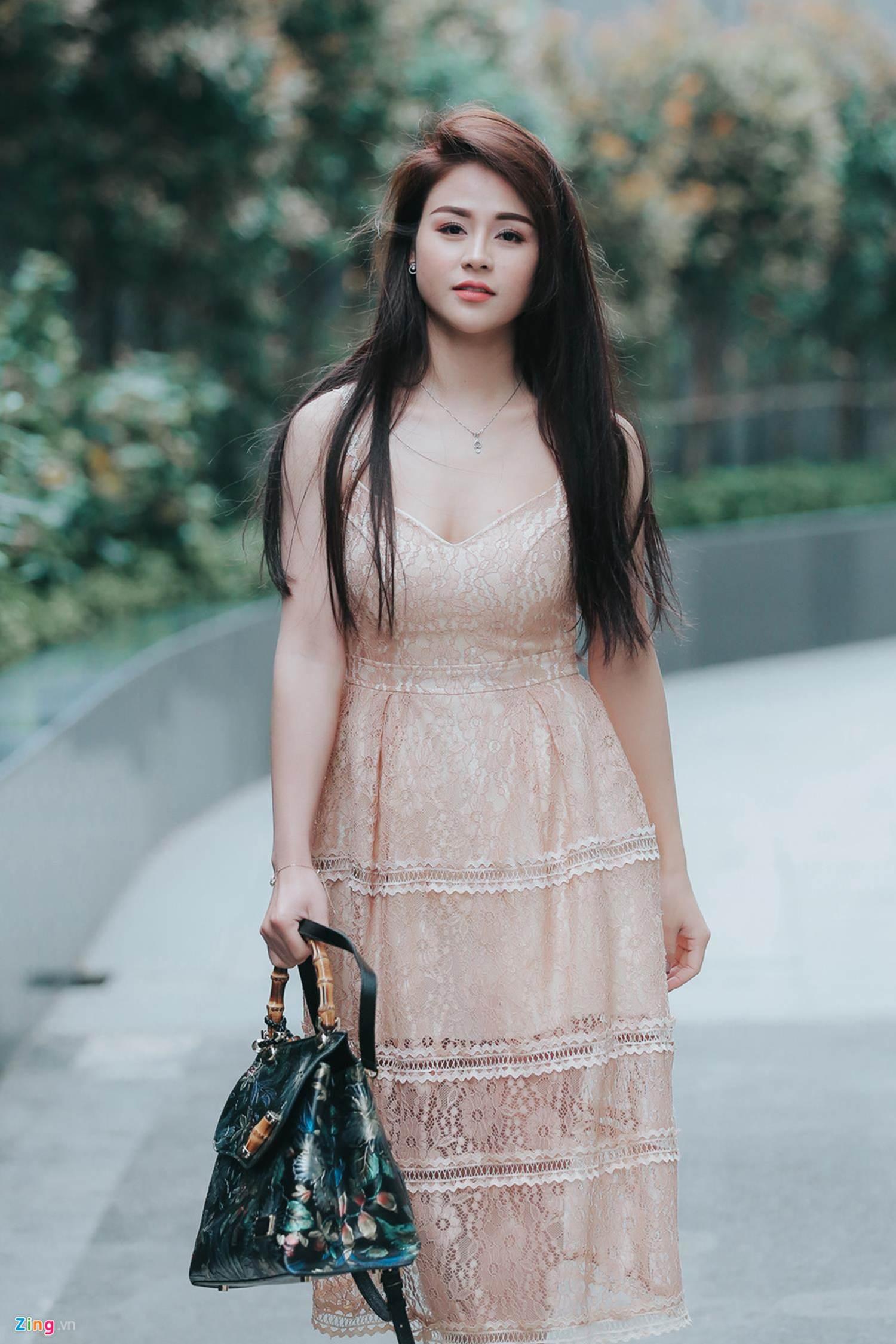 Vẻ sexy như hoa hậu của nữ chính Những cô gái trong thành phố-4