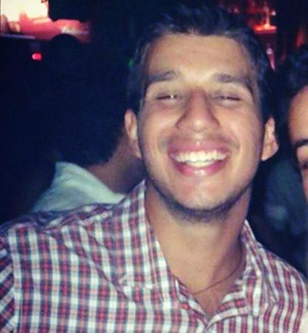 Cậu sinh viên trẻ tuổi chết tức tưởi sau khi uống 25 ly rượu trong 1 phút-1