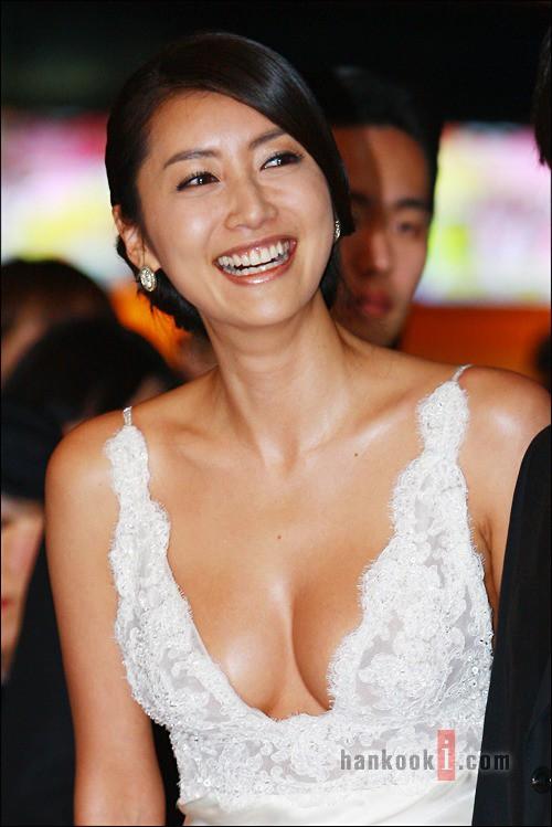 Cuộc đời tan nát của Hoa hậu Hàn Quốc khi bị tung clip sex, qua đêm với 7 người đàn ông, đến giờ vẫn chưa được công chúng tha thứ-3