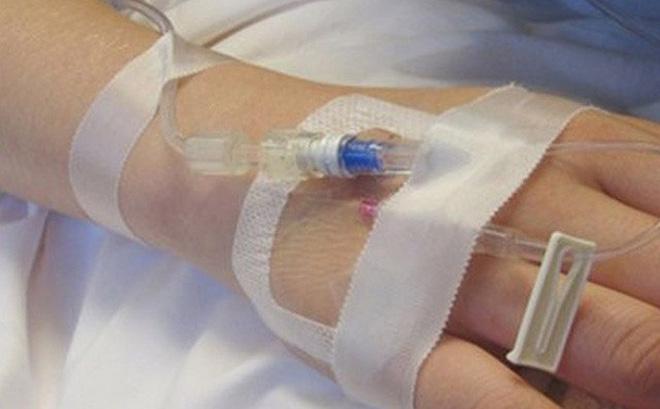 Bác sĩ bị rượt chém vì lừa tiền bệnh nhân ung thư: 3 nạn nhân được nhận lại 48,5 triệu đồng-1
