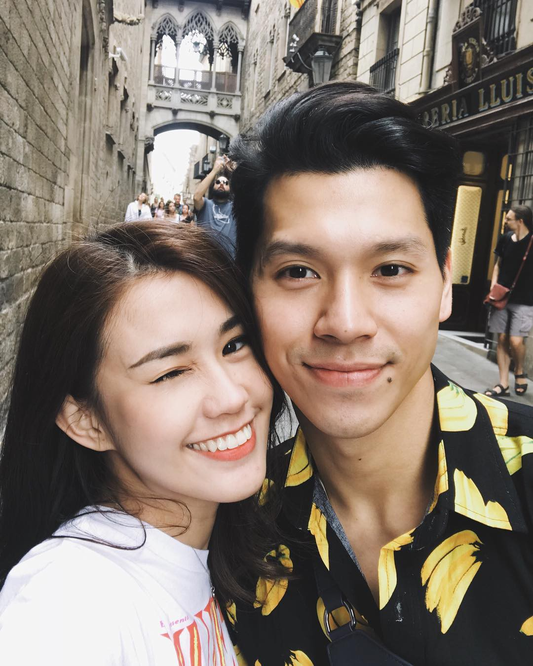 Club bạn trai hot girl Việt: Toàn những gương mặt điển trai, giàu có và cuộc sống ngập tràn đồ hiệu-1