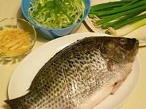 Cho gừng và hành vào món cá lúc nào để khử sạch tanh và nổi vị nhất?