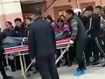 Bắt giữ giáo viên mầm non bị nghi ngờ bỏ độc vào cháo ăn khiến 23 trẻ nhập viện-2