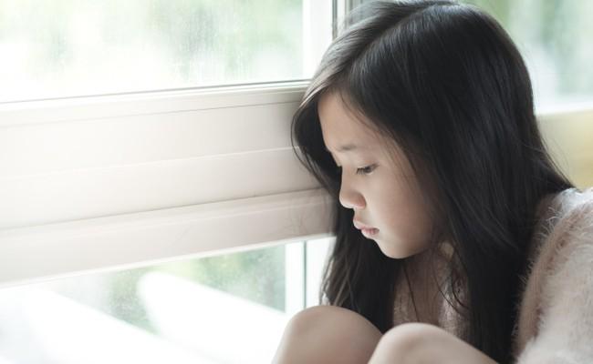 8 câu nói làm tổn thương trẻ vô cùng, thế nhưng nhiều bậc cha mẹ vẫn vô tâm nói điều ấy mỗi ngày-1