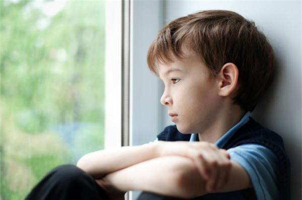 8 câu nói làm tổn thương trẻ vô cùng, thế nhưng nhiều bậc cha mẹ vẫn vô tâm nói điều ấy mỗi ngày-4