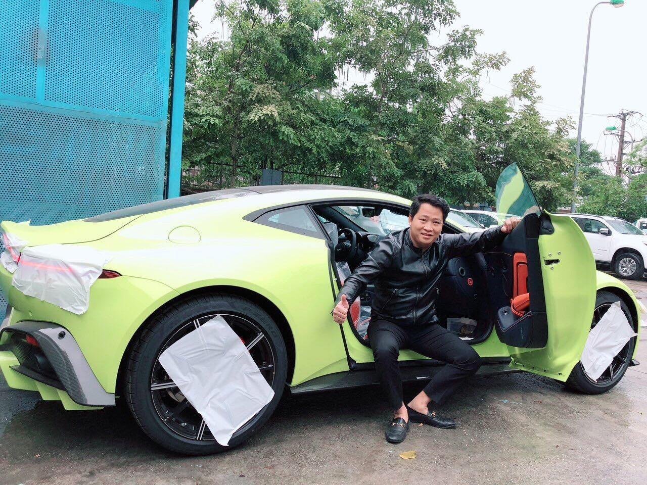 Mua 1 lúc 2 siêu xe 30 tỷ: Siêu giàu Việt chịu chơi, sếp Tây ngã ngửa-2