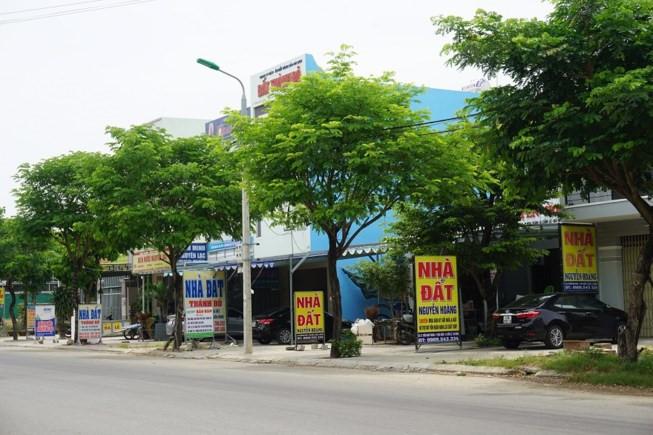 Đại gia ôtô bỏ hoang showroom, ôm tiền đổ về Đà Nẵng buôn đất-2