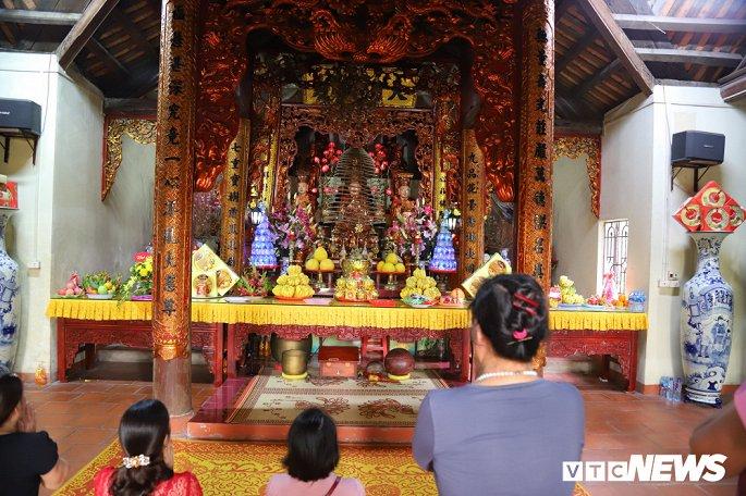 Ảnh: Ngôi chùa nghìn tuổi không có hòm công đức, cấm đặt tiền lễ ở Bắc Ninh-3
