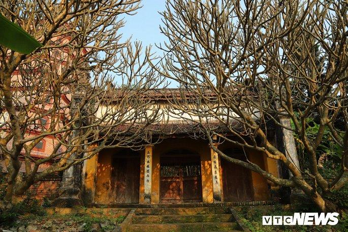 Ảnh: Ngôi chùa nghìn tuổi không có hòm công đức, cấm đặt tiền lễ ở Bắc Ninh-2