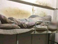 Phòng ký túc 4 năm của nam sinh khiến nhiều người 'toát mồ hôi' khi mở cửa bước vào