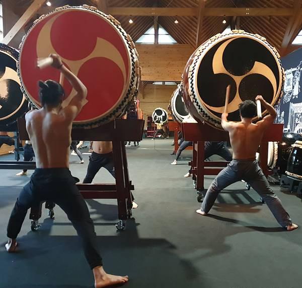 Có gì ở ngôi làng Nhật Bản nơi tỉ lệ chọi còn khó nhằn hơn cả ĐH Harvard: Rèn luyện khắc khổ như samurai, tất cả để giữ hồn cho tiếng trống thiêng liêng này!-3