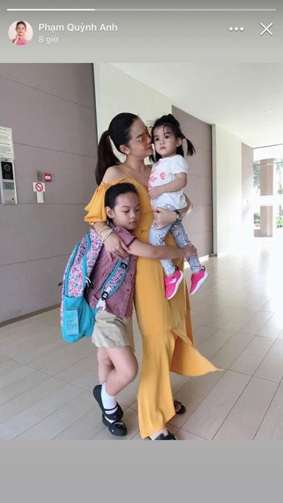 Sau ly hôn, Phạm Quỳnh Anh độc lập, chăm chỉ chạy show trang trải cuộc sống và dành thời gian bên con-1