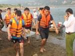 Vụ 3 học sinh bị đuối nước: 2 thi thể cháu bé trôi hơn 1km-2