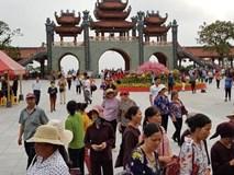Người dân Uông Bí nói gì về việc chùa Ba Vàng truyền bá vong báo oán?