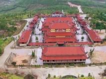 Cắp sách đến học chùa Ba Vàng cách tiếp thị, thu tiền