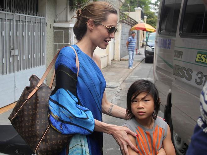 Nhờ hành động đặc biệt này, Pax Thiên là đứa con được Angelina Jolie yêu thương nhất-2