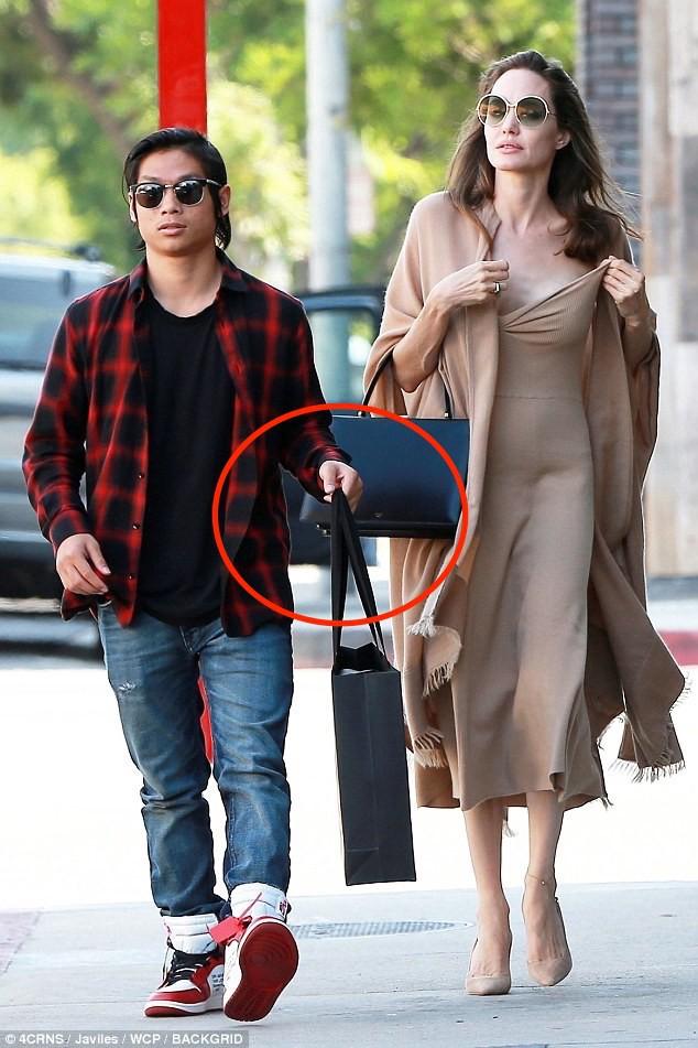 Nhờ hành động đặc biệt này, Pax Thiên là đứa con được Angelina Jolie yêu thương nhất-4