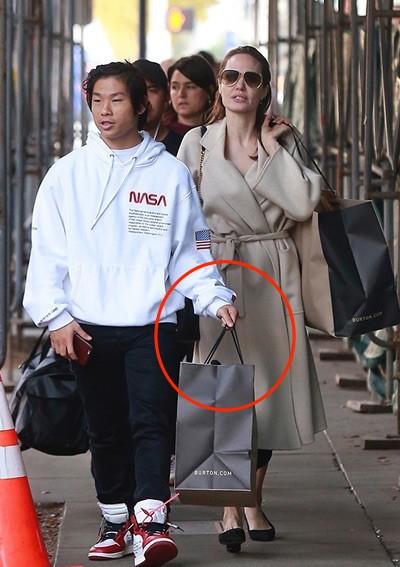 Nhờ hành động đặc biệt này, Pax Thiên là đứa con được Angelina Jolie yêu thương nhất-5