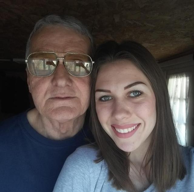 Cô gái 21 kết hôn với cụ ông 74: Chuyện chăn gối của anh ấy như trai trẻ-3