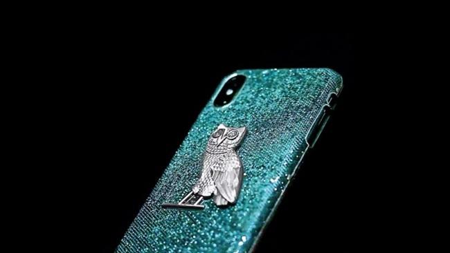 Ốp iPhone đắt gấp chục lần siêu xe, vừa dùng vừa sợ bong vàng, kim cương-2