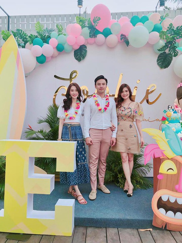 """Vừa tròn 1 tuổi, con gái HH Đặng Thu Thảo đã diện váy hiệu chanh xả"""" gần 11 triệu khiến ai cũng xuýt xoa-1"""