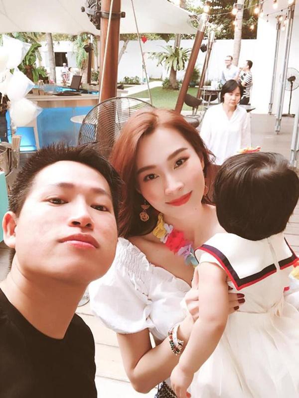 """Vừa tròn 1 tuổi, con gái HH Đặng Thu Thảo đã diện váy hiệu chanh xả"""" gần 11 triệu khiến ai cũng xuýt xoa-2"""