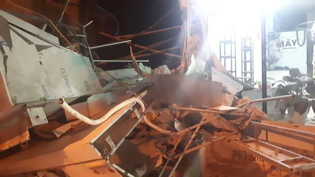 Nhà 2 tầng ở Thanh Hóa bất ngờ đổ sập trong đêm-2