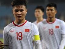 Quang Hải rớm nước mắt, tìm mẹ chia sẻ niềm vui sau chiến thắng Indonesia