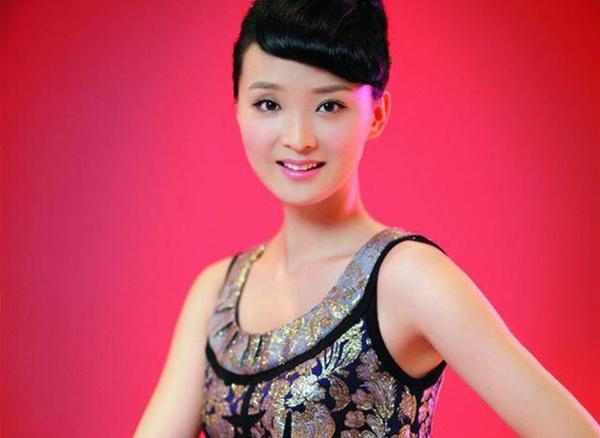 Ở tuổi U50, nàng Tình Nhi cách cách Vương Diễm trẻ đẹp như gái đôi mươi nhờ bí quyết giữ dáng này-3