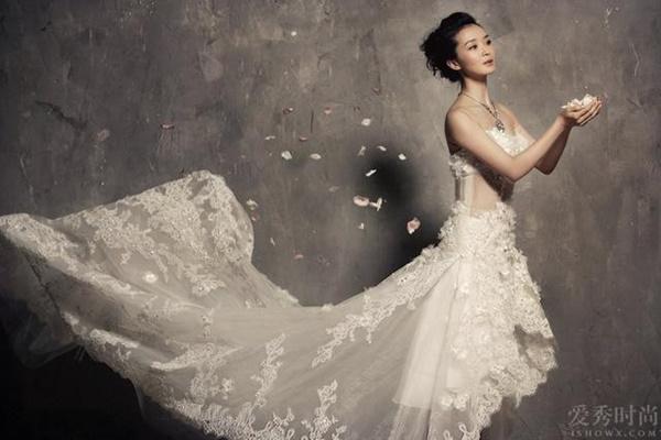 Ở tuổi U50, nàng Tình Nhi cách cách Vương Diễm trẻ đẹp như gái đôi mươi nhờ bí quyết giữ dáng này-4