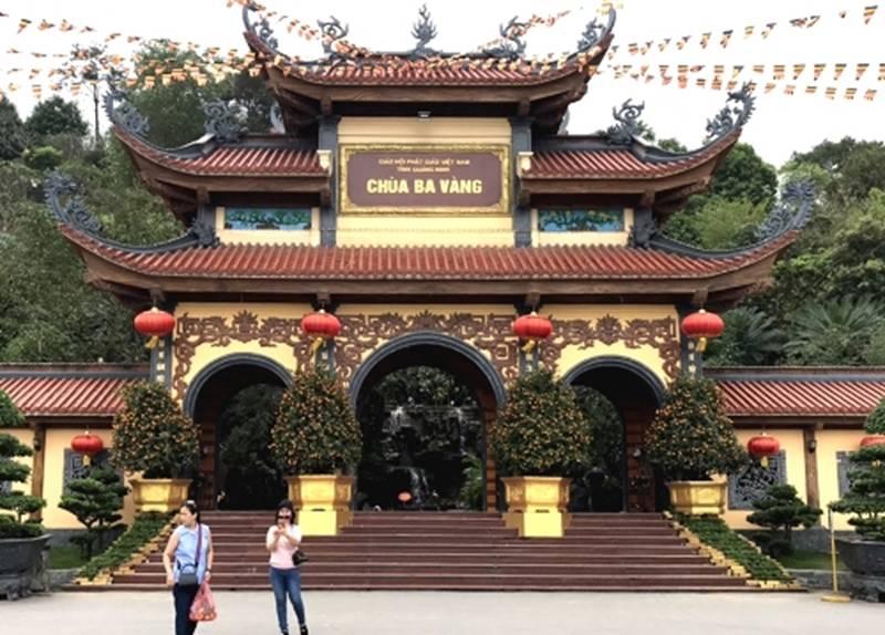 """Họp báo vụ thỉnh vong báo oán"""" tại chùa Ba Vàng: Quảng Ninh phạt bà Phạm Thị Yến 5 triệu đồng vì vi phạm-9"""