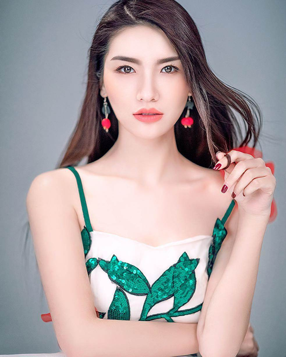 Hoa hậu xấu nhất lịch sử Trung Quốc đẹp rực rỡ 6 năm sau đăng quang-4