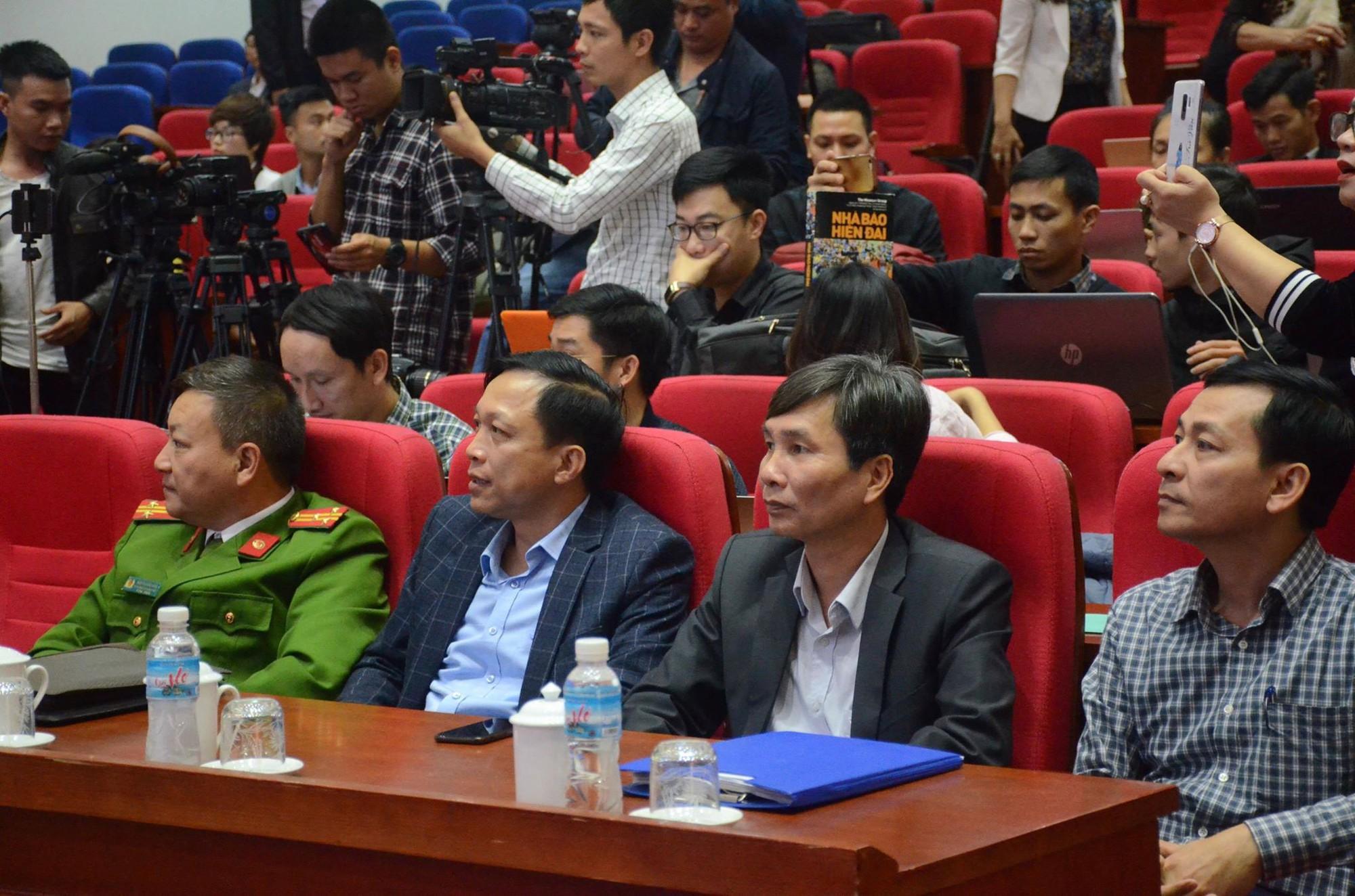 """Họp báo vụ thỉnh vong báo oán"""" tại chùa Ba Vàng: Quảng Ninh phạt bà Phạm Thị Yến 5 triệu đồng vì vi phạm-5"""