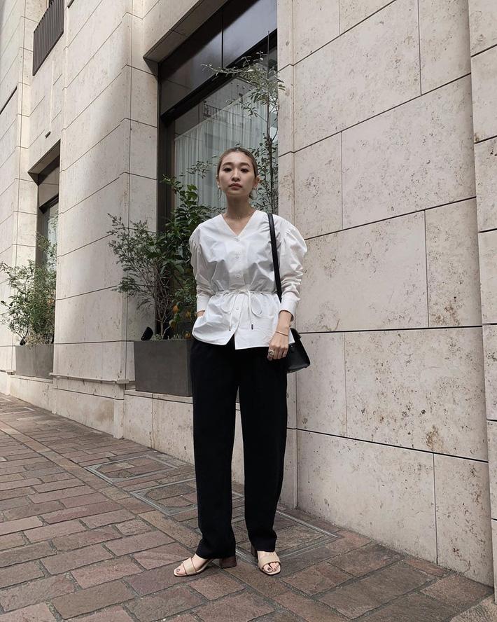 Lên đồ chuẩn như công sở Hàn với 15 gợi ý từ street style tuần này-1