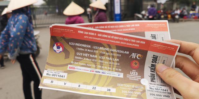 Chợ vé online kém sôi động trước trận bóng kinh điển Việt Nam - Thái Lan-3