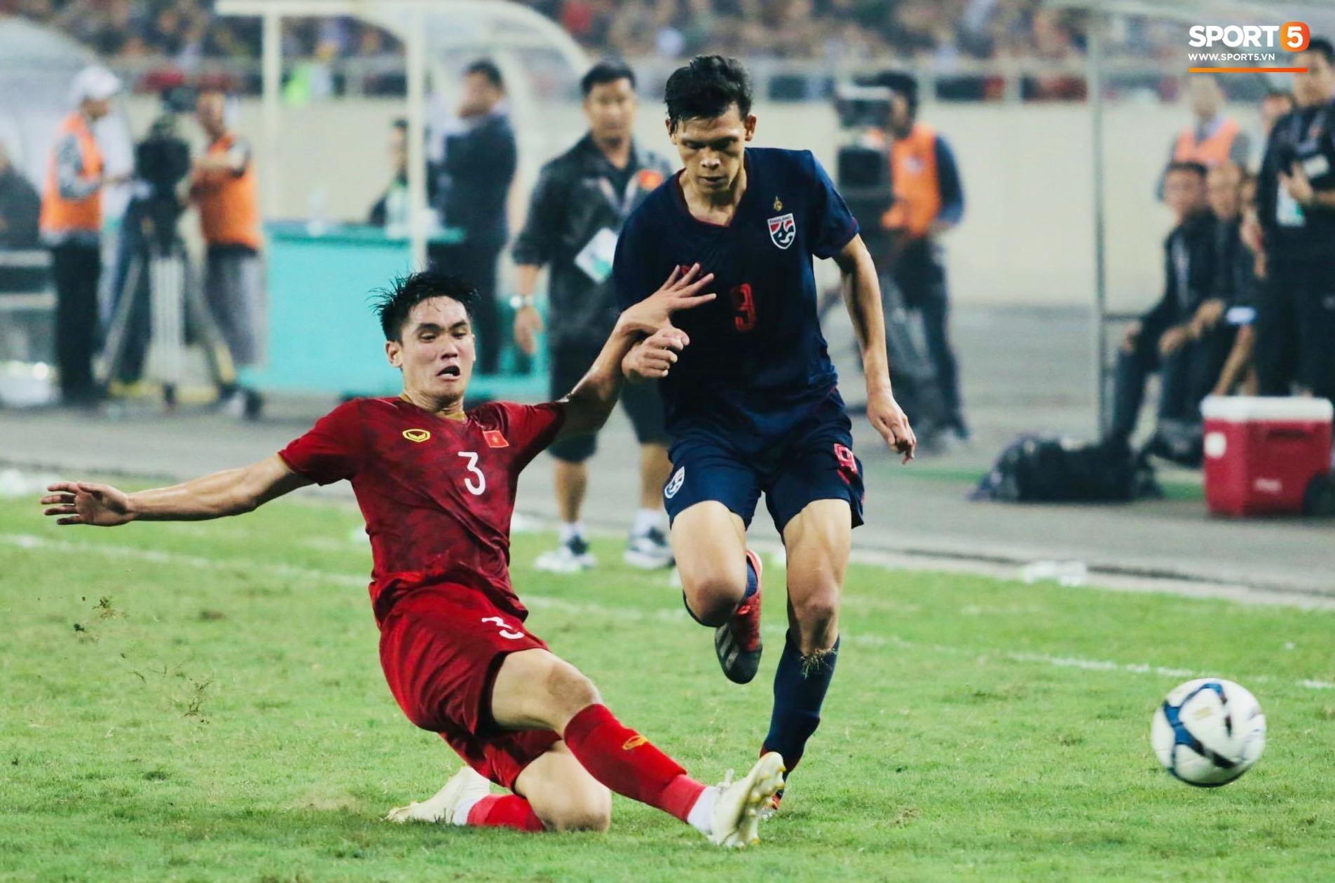 Đến HLV của U23 Thái Lan cũng phải like pha đi bóng và kiến tạo ảo diệu của Quang Hải-1