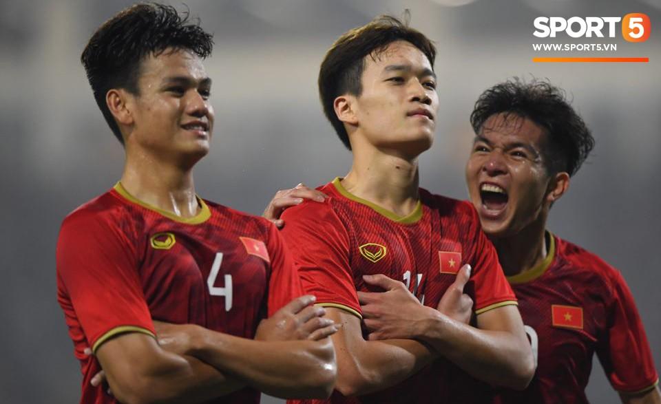 Đến HLV của U23 Thái Lan cũng phải like pha đi bóng và kiến tạo ảo diệu của Quang Hải-6