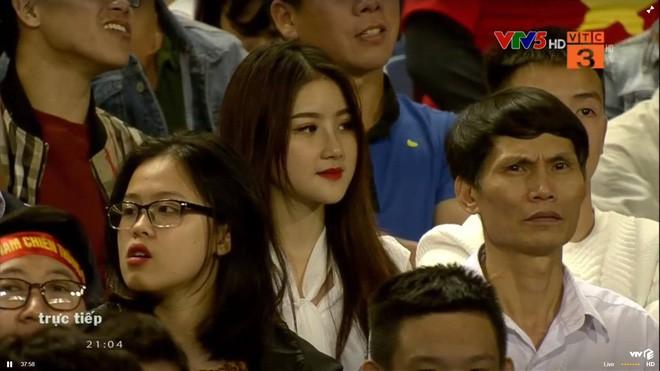 Danh tính cô gái được tìm kiếm nhiều nhất sau trận U23 Việt Nam - U23 Thái lan-1