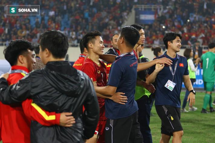 Cựu cầu thủ Quốc Vượng: Chơi như tối qua, Việt Nam chiến Nhật Bản cũng được!-1