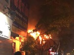 Video: Cháy ở tầng 13 Viện Nhi Trung ương, bệnh nhân hoảng loạn tháo chạy-1