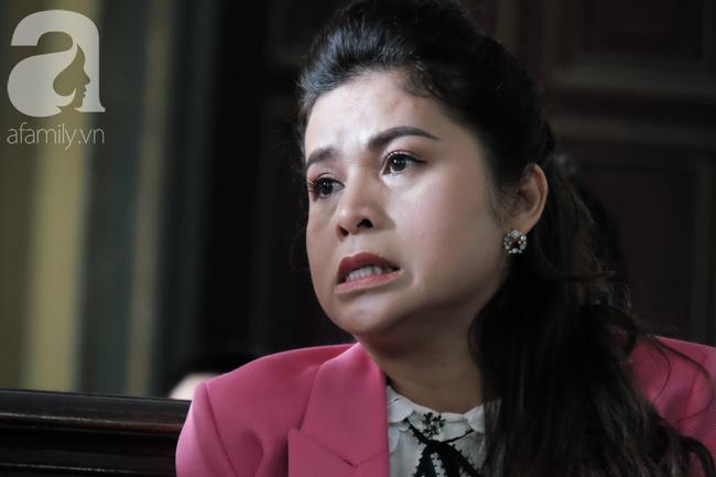 Đủ mọi cung bậc cảm xúc của ông Vũ, bà Thảo trong phiên tòa ly hôn nghìn tỷ-5