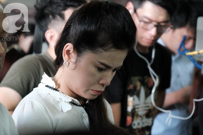 Đủ mọi cung bậc cảm xúc của ông Vũ, bà Thảo trong phiên tòa ly hôn nghìn tỷ-10